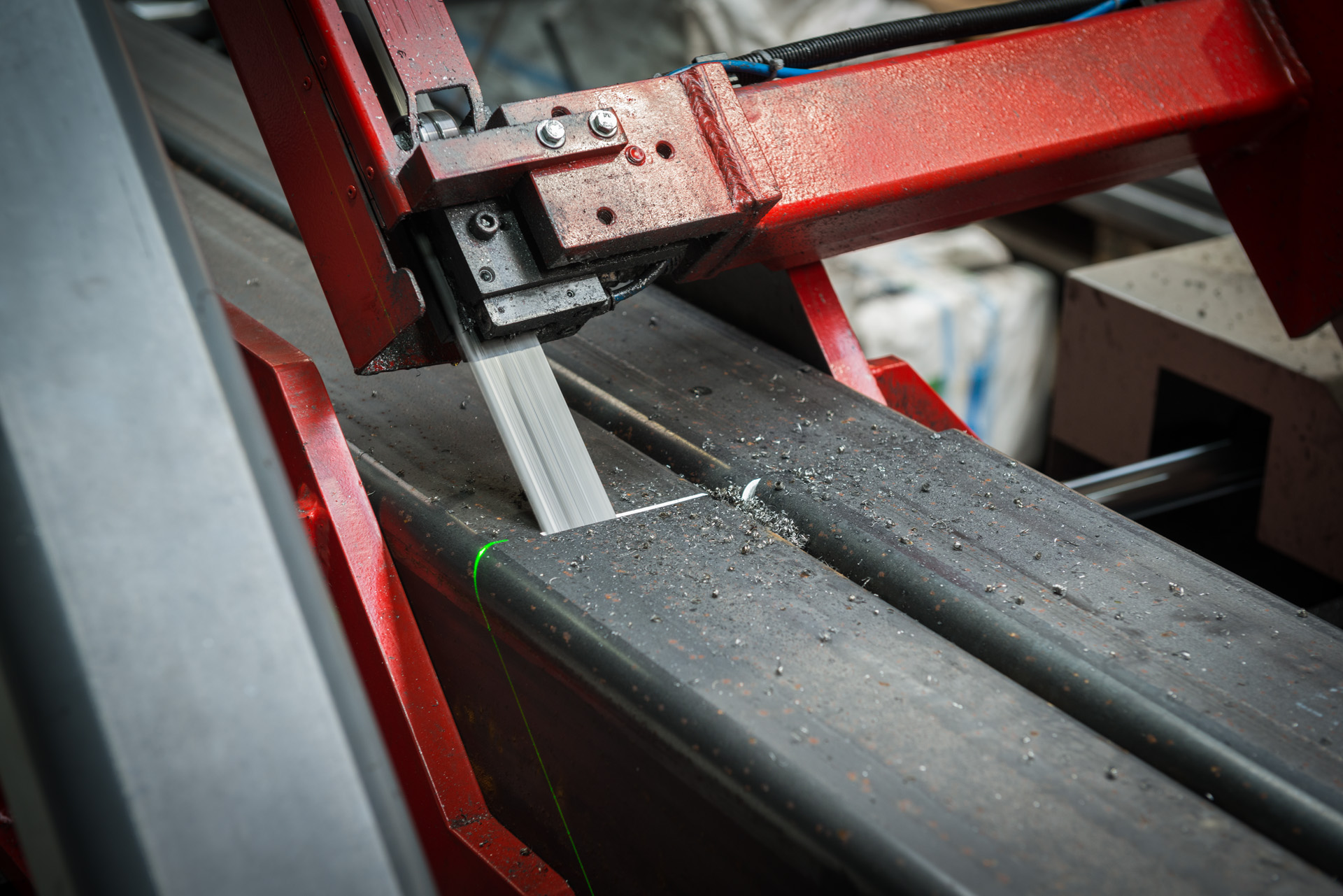 Sawing Delwi Groenink